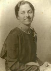 VERA NESTEROVA, THE ARTIST'S MIDDLE DAUGHTER. [1934–1935]