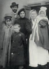 Leonid and Rosalia Pasternak with their children