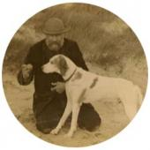 Ivan Pokhitonov with his dog (pointer Krotkiy) Photo. 1911