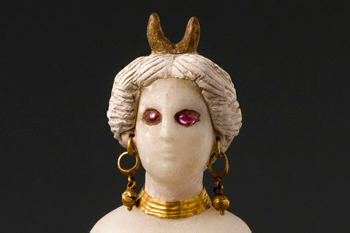 Statuette of a goddess, 1st century B.C.–1st century A.D. Babylon. Alabaster, stucco, gold, and rubies