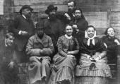 Yelena Polenova with her friends and family in Abramtsevo