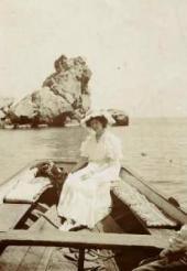 Nadezhda Komarovskaya. Photo. Gurzuf. 1910s