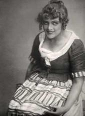 Olga Androvskaya in the role of Suzanne