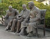 """Zurab Tsereteli. Monument """"THE Big Three"""""""