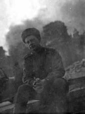 Boris Nemensky against the Reichstag in flames. May 1945