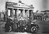 Left to right: Nikolai Denisov, unknown soldier, Boris Nemensky, Ilya Lukomsky,