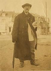 Ivan Pokhitonov in La Panne. Photo. 1920