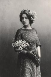 Bella Rosenfeld. Vitebsk, April 1911